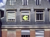 thumbs post it war 10 Post It War Weltweit